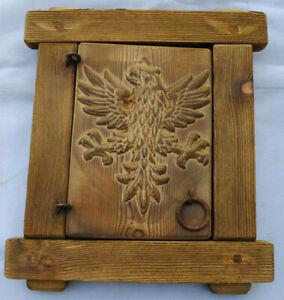 Finestra in legno con grata in ferro battuto - Intaglio Aquila-A-