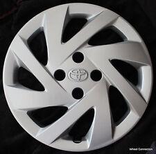 Genuine Toyota Prius hub cap 2015 Wheel cover