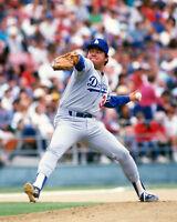 LA Los Angeles Dodgers Pitcher FERNANDO VALENZUELA Glossy 8x10 Photo Print