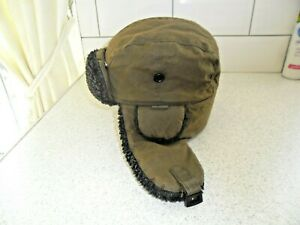 Men's BARBOUR Fleece Lined Waxed Trapper Warm Hat Medium used.
