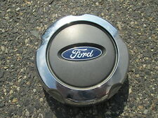 one genuine 2002 to 2005 Ford Explorer alloy wheel center cap hubcap