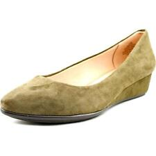 Low (3/4 in. to 1 1/2 in.) Suede Wide (C, D, W) Heels for Women