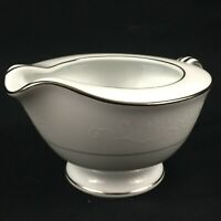 VTG Creamer 8oz by Noritake Whitehall 6115 White Floral Platinum Trim Japan