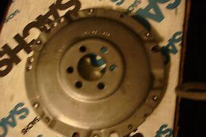 sachs pressure plate rbt 80-84 jeta 80-85 golf 81-90 diesel  vw #068141025c 200m