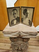 Beautiful Vintage Antique Gold Brass Metal Double Bi-Fold 9x7 Photo Frame Corner