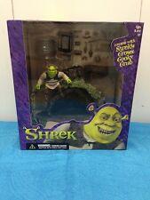 McFarlane Toys Shrek set of 2 Deluxe Playsets - Wrestlin' Shrek and Swamp House