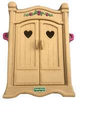 FISCHER PRICE, Children's doll furniture, Fischer Price Briarberry Bear Armoire