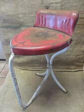 Vintage Metal Heart Shaped Chair   Antique Old Stool RARE FIND Table 9469