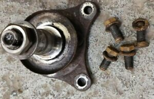 VW GOLF MK2 GTI STUB AXLE & BOLTS, NUT & DUST COVER  DRIVERS NON ABS Genuine