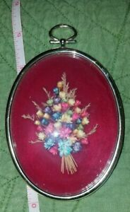 VTG OVAL picture frame locket gold tone Dried Pressed wheat Flower bouquet Art