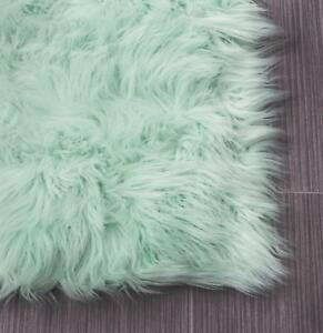 Super Area Rugs Faux Fur Sheepskin Shag Solid Area Rug in Mint Green
