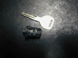 1991-1995 ACURA LEGEND KEY AND DOOR LOCK CYLINDER FITS DRIVERS DOOR