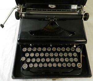 1936 Royal O Typewriter w/Case - Tested & Working