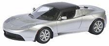 Schuco 450897600 Tesla Roadster Hardtop - silber 1:43 NEU & OVP