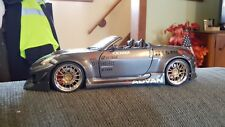 Funline MUSCLE MACHINES 1/18  2004 Nissan 350Z