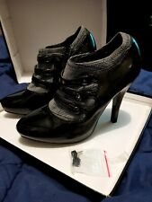 Ladies Shoes, London Rebel - Women's Heels Size 8 NEW IN BOX.
