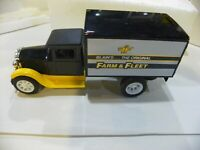 FREIGHT TRUCK BANK-BLAINS FARM&FLEET-1992 J.E. SCALE MODELS #1368