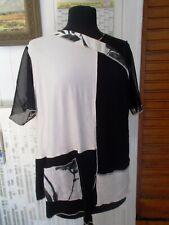 Top tee shirt tunique noir/blanc manches courtes résille CHRISTIAN MARRY 50