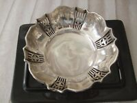 ANTIQUE SILVER THREE LEGS BON BON DISH, BIRMINGHAM, C.1919