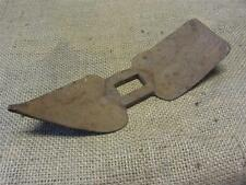Vintage Pick Axe Head w Rare Shape  > Antique Old Farming Garden Gardening 8310