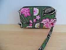Vera Bradley *Olivia Pink* All In One Wristlet/Wallet, Excellent Condition