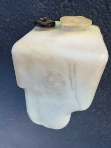 BMW E24 635csi Windshield Washer reservoir Bottle & Pump OEM Euro VDO