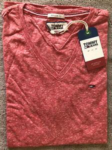 Mens Tommy Hilfiger V neck short sleeve  t-shirt size L.Regular Fit. Racing Red