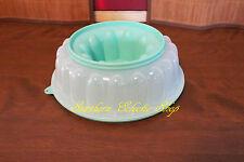 Tupperware Jel-ring Mold for Gelatin / Jello / Pudding, Mint Green