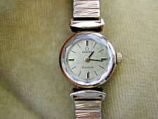 1969 OMEGA GENEVE LADIES WITH CALIBER 485, SERVICED ON EXPANDABLE BRACELET.