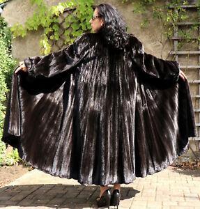 Nerzmantel Pelzmantel Nerz Swinger Pelz Dark Female Mink Luxus Bütow Design