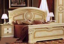 Klassisches Doppelbett mit Fußteil 160x200 Beige Gold Hochglanz aus Italien