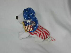 """Hush Puppies Proud to Be an American 6"""" Bean Bag Plush w/tags Applause Flag"""