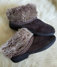 ISOTONER Womens 7.5- 8 M Brown/Faux Suede Faux Fur Slippers Ankle Boots Winter