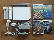NINTENDO WII WHITE CONSOLE BUNDLE WITH 2 GAMES MONKEY BALL & CALL OF DUTY 3