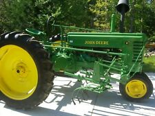 1943 John Deere B tractor. Antique. Parade ready or put to work.