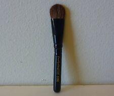 MAC Eye Shadow / Fluff Brush, #213 SE, mini size, Brand New!