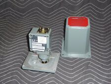 Allen-Bradley Pressure Control, Bulletin 836T, 836T-T25E with 836T-T25J