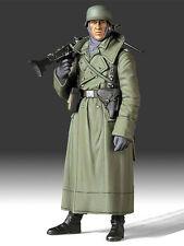 Tamiya 1:16 German Machine Gunner 36306