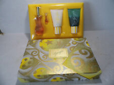 Giorgio Beverly Hills 4 PC Gift Set EDT Perfume Spray, Body Moisturizer and Wash