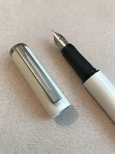 VINTAGE SHEAFFER AWARD WHITE CHROME TRIM FINE NIB FOUNTAIN PEN-USA-EXWO