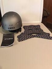 Giro Encore 2 Snowboard / Ski Helmet - Youth Large - Silver