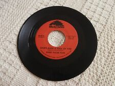 BOBBY FULLER FOUR  LOVE'S MADE A FOOL OF YOU/DON'T EVER LET ME KNOW MUSTANG 3016
