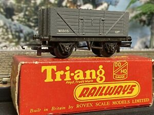 Triang  Railways Open 12T Coal wagon with load W1005 BOXED Cat R13 OO scale