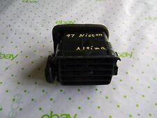 97 NISSAN ALTIMA  Driver Side AC Heater   Vent  OEM