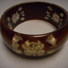 FANTASTIC OLD PLASTIC BANGLE BRACELET REVERSED CARVED WIDE APROX 1 1/4 BROWN