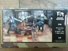 Open Box Verlinden Productions 1743 The Last Party Set 2 1:35 Scale 2 Figures++