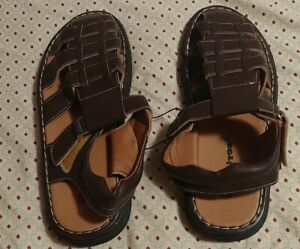 Men's Fisherman Sitos Sandals Adjustable Buckle Casual Slippers size 10.5. New.