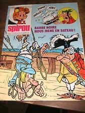 Spirou N° 2065 10/11/1977 Barbe noire Les petits hommes Khéna Krostons Jess Long