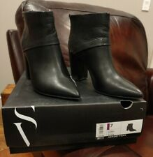 Simply Vera Vera Wang Black Parrot Zip Ankle Black Boots Shoes Booties