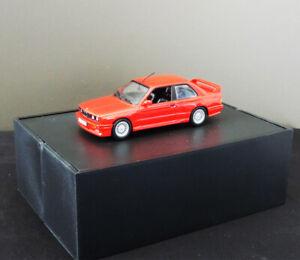 Voiture miniature BMW M3 E30 Minichamps 1/43